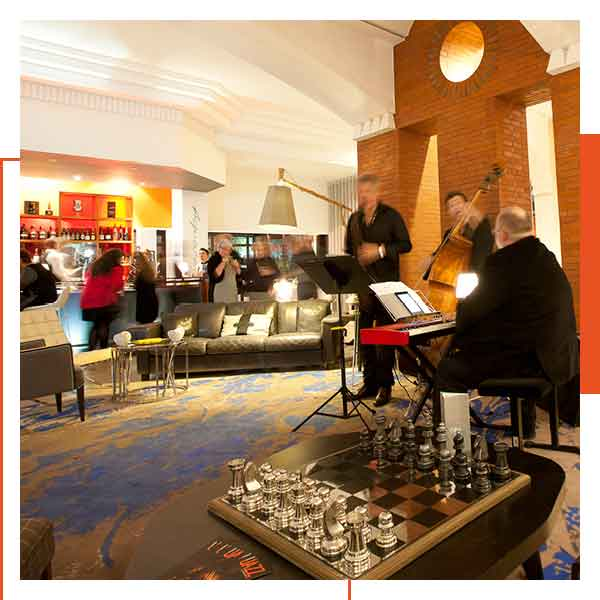 Soirée jazz au bar de L'Almandin